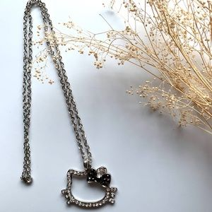 Hello Kitty Rhinestone Necklace With Black Bow